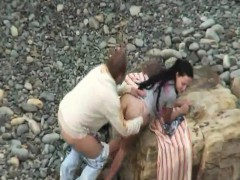 sexy-lovers-outdoors