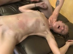 dirt-bag-blonde-skye-avery-double-fucked-on-da-couch