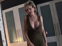 unfaithful-english-milf-lady-sonia-shows-her-huge-breasts