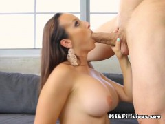 busty-cougar-lexi-luna-gets-freaky-with-pool-boy