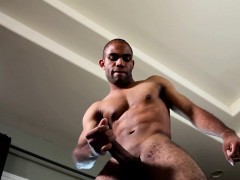 black-solo-stud-jerking-his-thick-cock