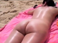 Spotted On The Beach Like Slept Naked And Horny Filmed