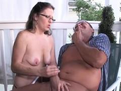 spex-amateur-milf-giving-handjob-on-the-porch