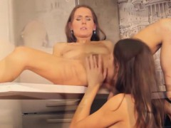 hot-babes-licking-pussies