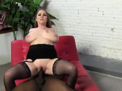desiree-de-luca-takes-black-cock-in-front-of-her-son