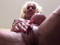 ashlee-chambers-and-her-big-clit