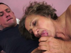 chubby-grandma-orally-pleasured
