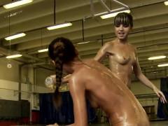 oiledup-babe-fingered-by-wrestling-opponent