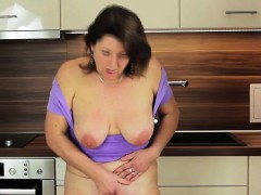 Buxom Mature Mom Plays With Her We Renate