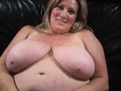 heavy-chick-drilled-in-her-twat