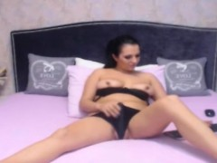 Pretty Shemale Plays Her Big Cock And Tits