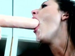 Deep Throat Queen Swallows It All And Drools Everywhere