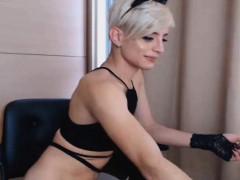 Stunning Shemale Masturbate Her Cock On Cam