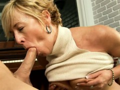 penis-begging-mama-copulates-so-hard-with-her-young-paramour