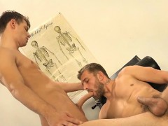 Muscle Gays Dp And Cumshot