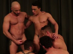 muscle-gay-bareback-with-cum-swap