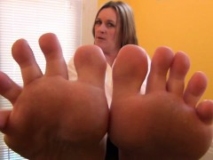 Instructor Makesstudent Smell Her Toes Bst Bst