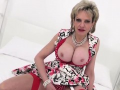 unfaithful-british-mature-lady-sonia-exposes-her-heavy-boobs