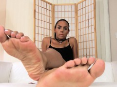 Barefeet Trans Beauty Arching Her Toes