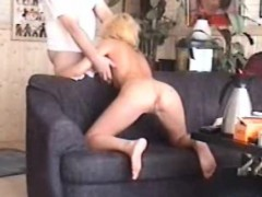 A Hot Yellow haired Inexperienced Gf Homemade Fellatio And