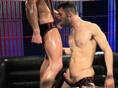 muscle-jock-oral-sex-with-cumshot