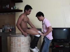 asian-boys-vahn-and-willy-barebacking