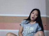 Live-sexchat with Little asian cam model