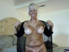 sexy-big-boobs-milf-waits-for-your-cock
