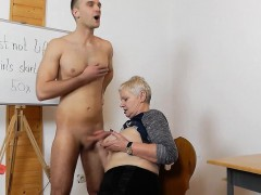 granny-handjob
