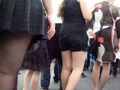 public-upskirt-voyeur-hidden-cam