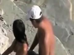 beach-hidden-cams-matures