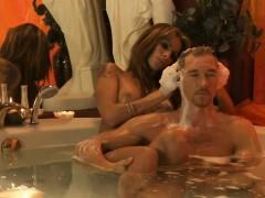 golden-handjob-massage-from-milf
