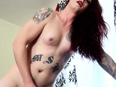 Tattooed Ginger Trap Beauty Jerks Cock Solo