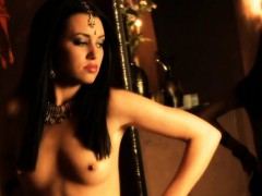 lovely-lady-from-the-orient-is-so-beautiful-and-exotic