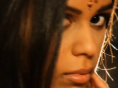 exotic-loveliness-from-indian-milf-born-to-seduce