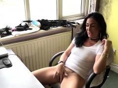 british-sub-slut-ella-bella-doing-a-solo-masturbation