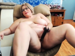 bbw-afro-with-a-hariy-pussy-and-big-boobs