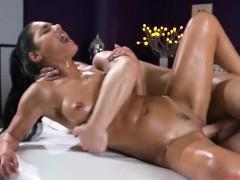 hot-vixen-apolonia-lapiedra-enjoys-big-cock-and-jizz