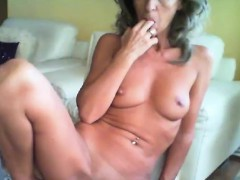 pretty-milf-whore-show-in-masturbation-treasury