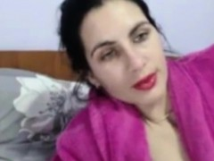 amateur arab muslim masturbates her islamic vagina on webcam