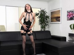 wetandpissy-pvc-and-chains