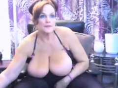 bbw-bigtits-milf-masturbate-and-chatting