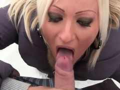 amateur-bitch-blows-and-eat-cum