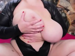 tasty-huge-boobs-curvy-in-solo-action