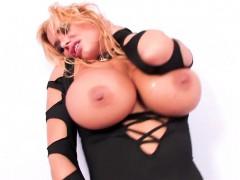 curvy-porn-legend-shyla-stylez-fucks-herself-with-a-toy