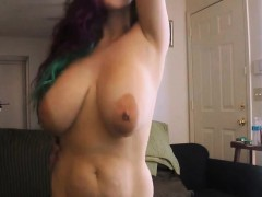 NewWildCPL Flashing Boobs Live