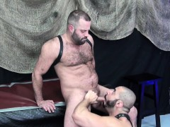 rimmed-bear-assfucked-by-muscular-stud