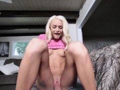 sislovesme-hot-stepsis-inspects-her-brothers-dick