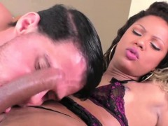 Ebony Shemale In An Anal Fuck