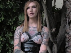 Tattooed Tranny Wanking Off Outdoors